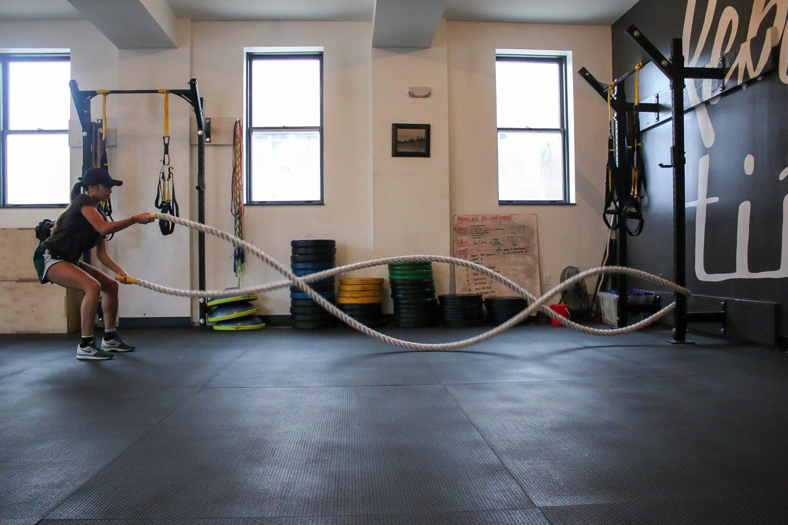 Battle ropes workout for weight loss