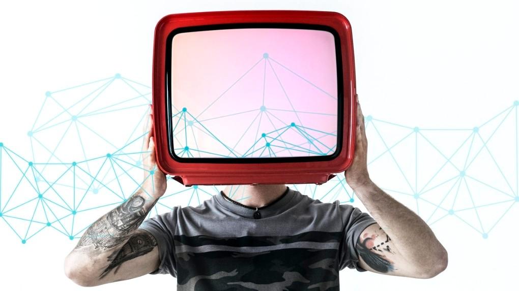 Binge watching series like TV in head