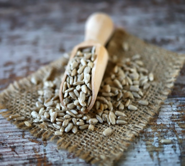 Sunflower seeds benefits and side effects