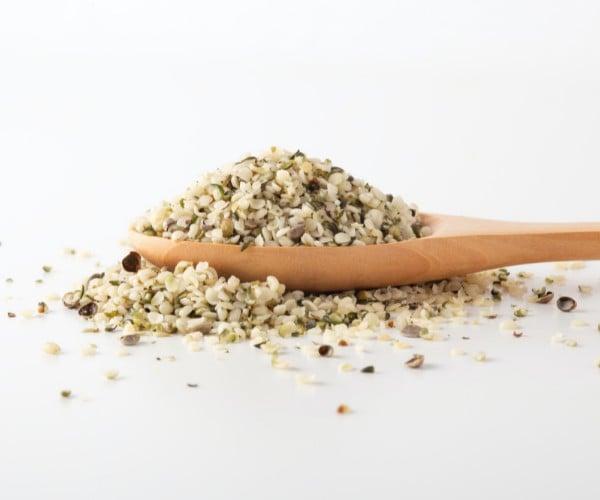 potential risks of eating hemp seeds
