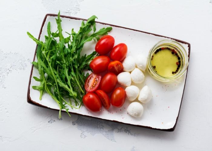 Mediterranean diet foods to eat and avoid