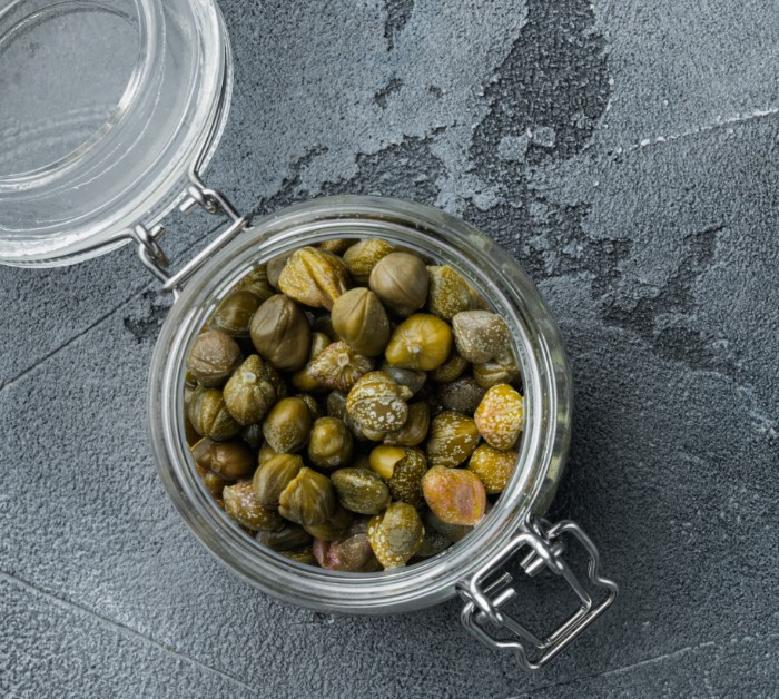 Benefits of capers and how to use them for cooking